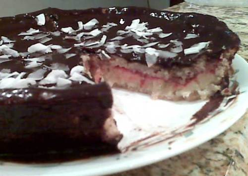 coconut-raspberry-torte